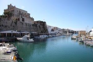 Vista panorámica del puerto natural de Ciutadella de Menorca