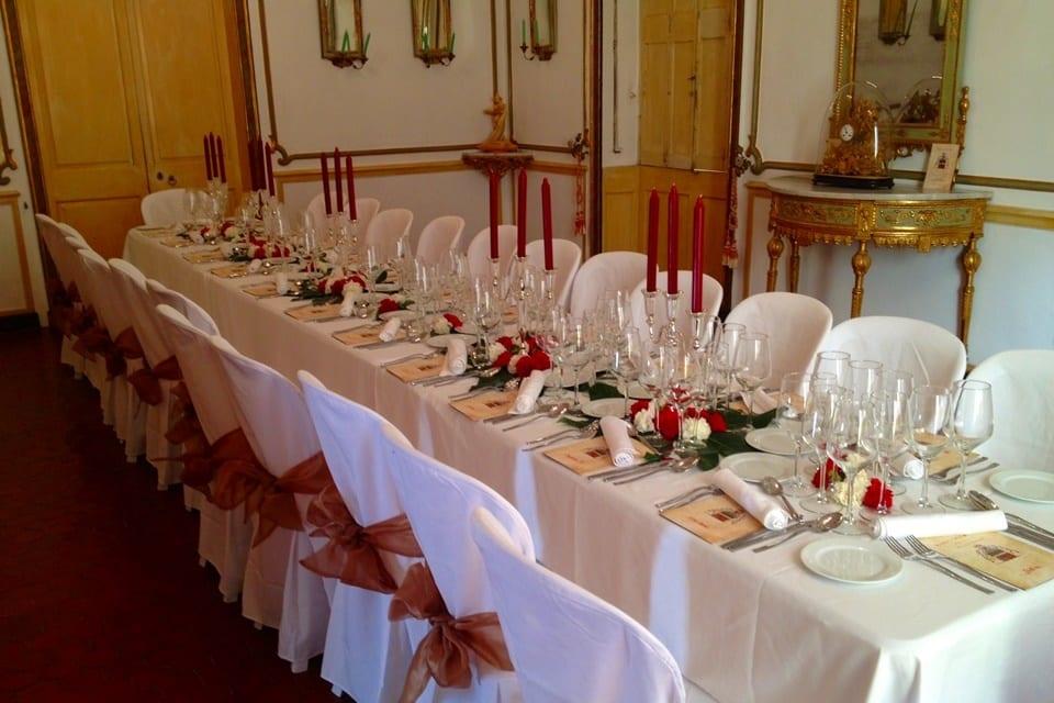 Mesa de banquete en Palacio de Menorca