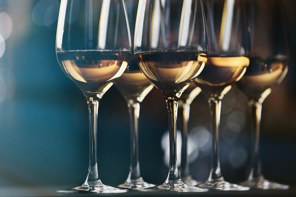 vino-blanco-postres-menorca