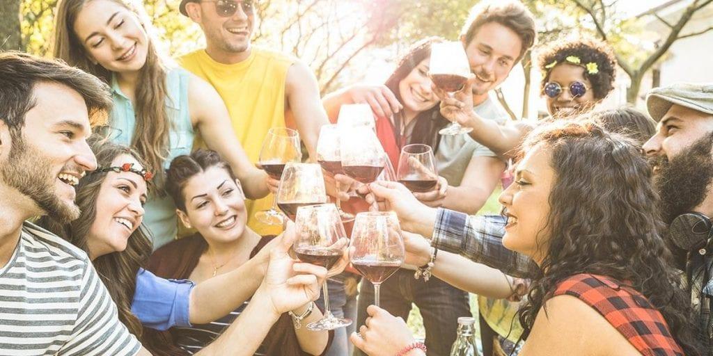 organiza una fiesta de verano en Menorca