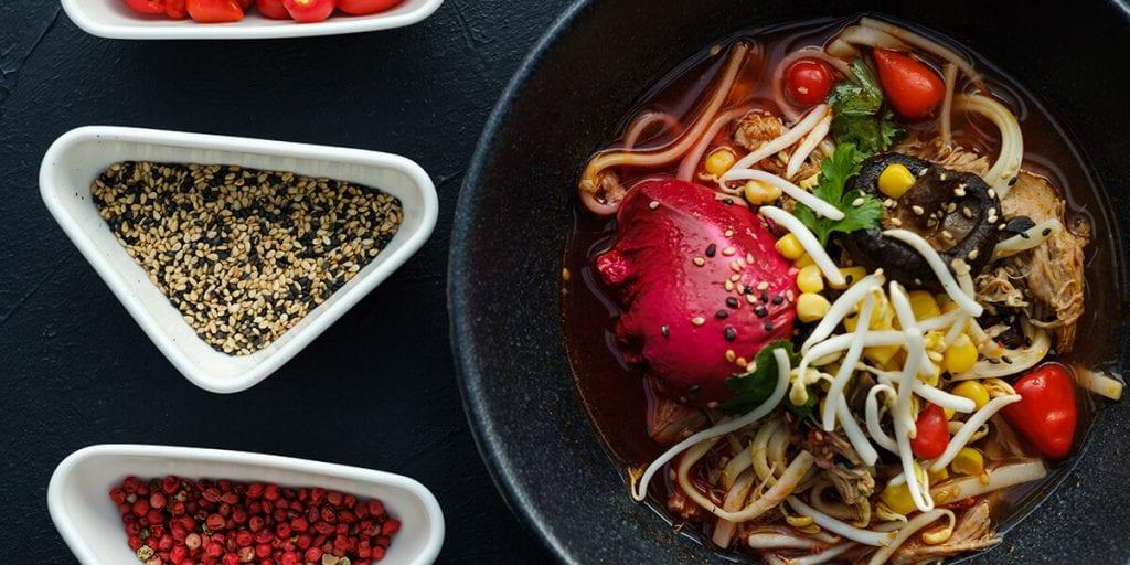 Ramen, plato principal para un menú japonés