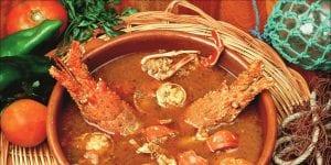 La caldereta de langosta es el plato estrella de la cocina menorquina