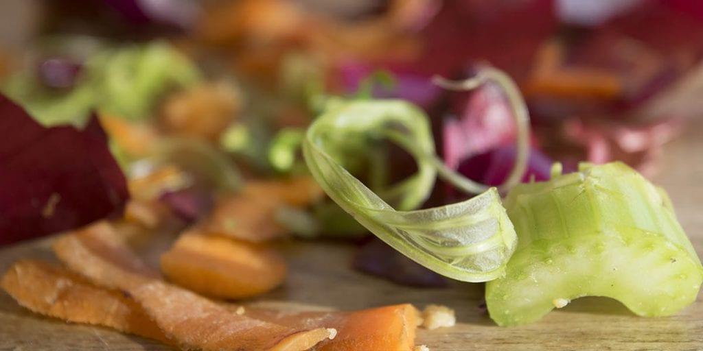 Trashcooking es la tendencia que tiene como objetivo aprovechar los desperdicios de un plato, para preparar otro