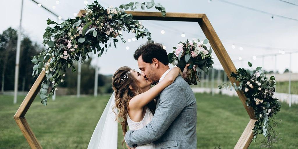 Pon una kissing booth en tu boda y tendréis un lugar de risas y besos asegurados