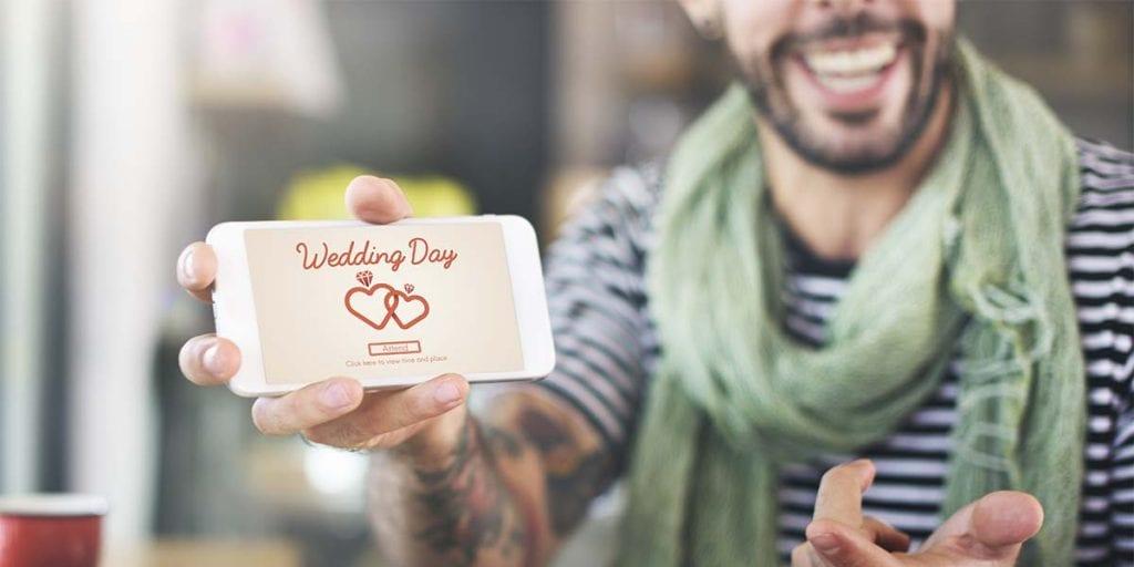 Ahorra papel enviando tus invitaciones por email o crea una web para tu boda en Menorca