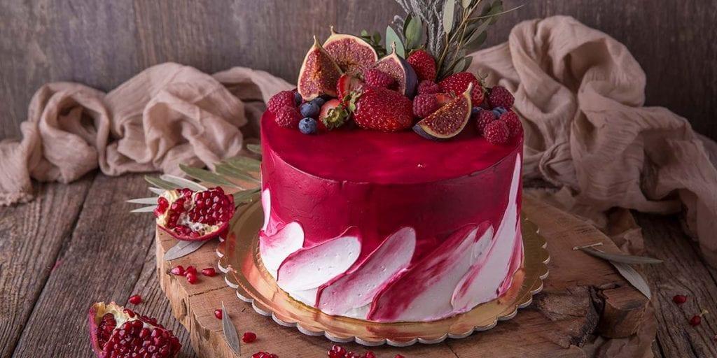 Una tarta de frutas dará la nota de color y frescura a tu celebración de boda