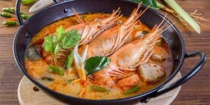 Cualquier guiso o sopa hecho con pescado y marisco del mediterráneo llevará a tu boca todo el sabor del mar