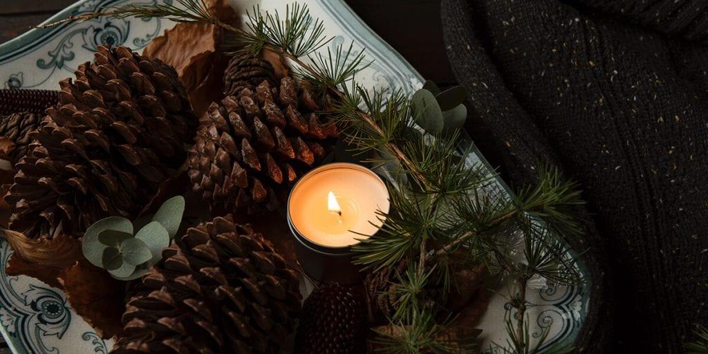 Velas aromáticas y mantas como detalle para tus invitados