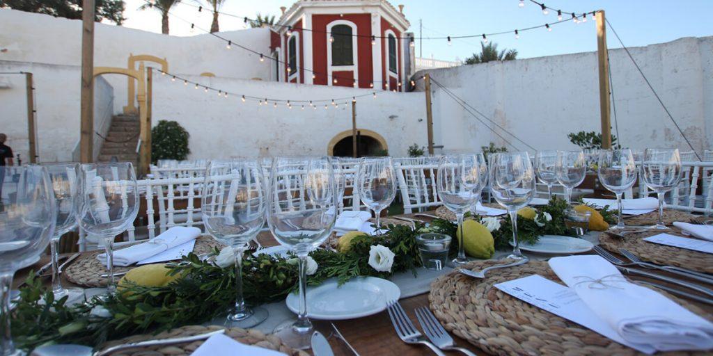 Detalles decorativos mediterráneos y refescantes